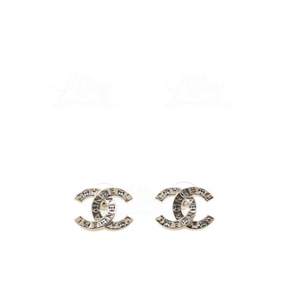 Chanel 立體 logo 耳環