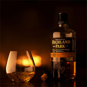 Highland Park 12 YO Gift Set (詳情按此)